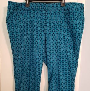 Lane Bryant capris  new without tags